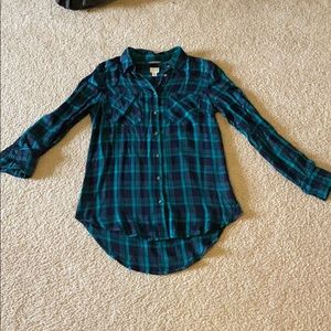 NWOT plaid button down shirt